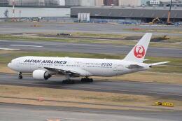 LEGACY-747さんが、羽田空港で撮影した日本航空 777-246の航空フォト(飛行機 写真・画像)