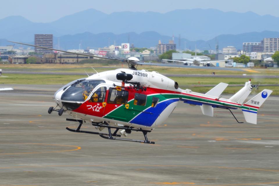 yabyanさんの茨城県防災航空隊 Kawasaki BK117 (JA298R) 航空フォト