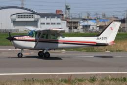 キイロイトリさんが、八尾空港で撮影した朝日航空 172Pの航空フォト(飛行機 写真・画像)