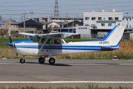 キイロイトリさんが、八尾空港で撮影した第一航空 172Pの航空フォト(飛行機 写真・画像)
