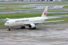 メンチカツさんが、羽田空港で撮影した日本航空 777-289の航空フォト(飛行機 写真・画像)