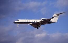 kumagorouさんが、仙台空港で撮影したガルフストリーム・エアロスペース G-IV Gulfstream IV-SPの航空フォト(飛行機 写真・画像)