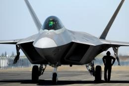 wetwingさんが、サクラメント・マザー空港で撮影したアメリカ空軍 F-22A-40-LM Raptorの航空フォト(飛行機 写真・画像)
