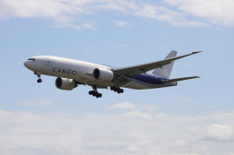 マーサさんが、成田国際空港で撮影したサザン・エア 777-F16の航空フォト(飛行機 写真・画像)