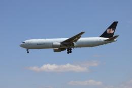 マーサさんが、成田国際空港で撮影したカーゴジェット・エアウェイズ 767-375/ERの航空フォト(飛行機 写真・画像)