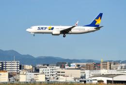mojioさんが、福岡空港で撮影したスカイマーク 737-8FHの航空フォト(飛行機 写真・画像)