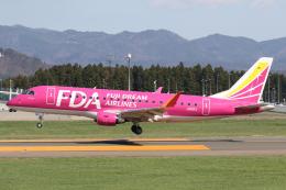 やまけんさんが、花巻空港で撮影したフジドリームエアラインズ ERJ-170-200 (ERJ-175STD)の航空フォト(飛行機 写真・画像)