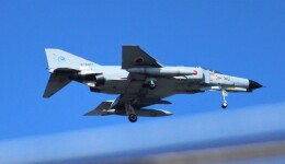 こびとさんさんが、浜松基地で撮影した航空自衛隊 F-4EJ Phantom IIの航空フォト(飛行機 写真・画像)