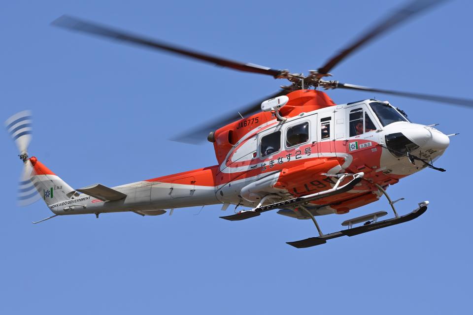 YouKeyさんの北海道防災航空隊 Bell 412 (JA6775) 航空フォト