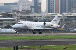 HLeeさんが、台北松山空港で撮影したTVPX Aircraft Solutions Inc Trustee Challenger 600の航空フォト(飛行機 写真・画像)