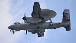 オキシドールさんが、岩国空港で撮影したアメリカ海軍 E-2D Advanced Hawkeyeの航空フォト(飛行機 写真・画像)