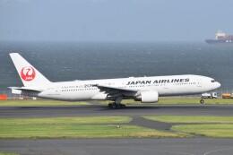 PIRORINGさんが、羽田空港で撮影した日本航空 777-246の航空フォト(飛行機 写真・画像)