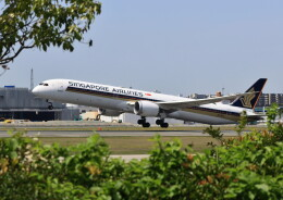 ビッグジョンソンさんが、福岡空港で撮影したシンガポール航空 787-10の航空フォト(飛行機 写真・画像)