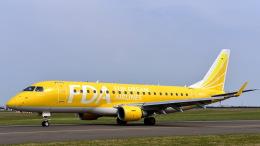 ららぞうさんが、札幌飛行場で撮影したフジドリームエアラインズ ERJ-170-200 (ERJ-175STD)の航空フォト(飛行機 写真・画像)