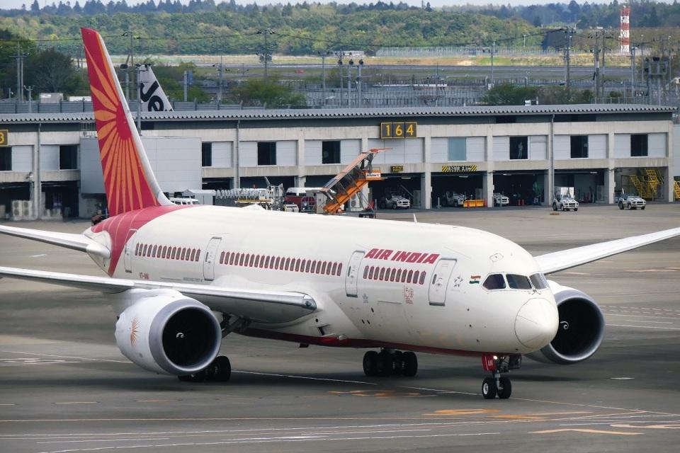 DVDさんのエア・インディア Boeing 787-8 Dreamliner (VT-ANI) 航空フォト