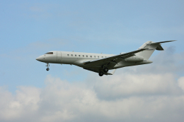 tsubameさんが、福岡空港で撮影したTAG エイビエーション・アジア BD-700-1A11 Global 5000の航空フォト(飛行機 写真・画像)