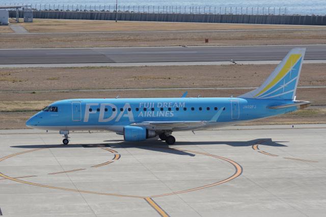 神宮寺ももさんが、神戸空港で撮影したフジドリームエアラインズ ERJ-170-100 (ERJ-170STD)の航空フォト(飛行機 写真・画像)