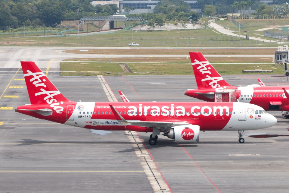 S.Hayashiさんのエアアジア Airbus A320neo (9M-RAR) 航空フォト