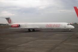 yabyanさんが、ジュアンダ国際空港で撮影したウイングス・エア MD-82 (DC-9-82)の航空フォト(飛行機 写真・画像)