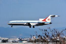 パール大山さんが、伊丹空港で撮影した大韓航空 727-281の航空フォト(飛行機 写真・画像)