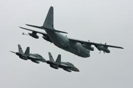 tsubameさんが、岩国空港で撮影したアメリカ海兵隊 KC-130J Herculesの航空フォト(飛行機 写真・画像)