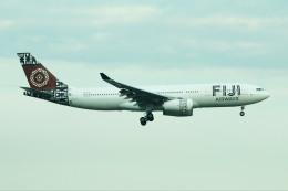 S.Hayashiさんが、シンガポール・チャンギ国際空港で撮影したフィジー・エアウェイズ A330-243の航空フォト(飛行機 写真・画像)
