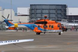 Wings Flapさんが、名古屋飛行場で撮影した新日本ヘリコプター AS332L1 Super Pumaの航空フォト(飛行機 写真・画像)