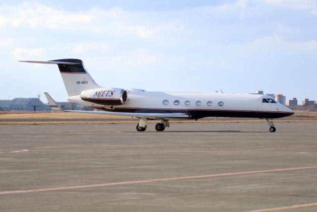北の熊さんが、新千歳空港で撮影したMJets Ltdの航空フォト(飛行機 写真・画像)