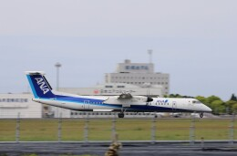EosR2さんが、鹿児島空港で撮影したANAウイングス DHC-8-402Q Dash 8の航空フォト(飛行機 写真・画像)