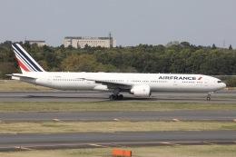 sky-spotterさんが、成田国際空港で撮影したエールフランス航空 777-328/ERの航空フォト(飛行機 写真・画像)