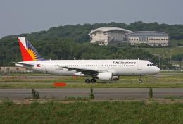 tsubameさんが、福岡空港で撮影したフィリピン航空 A320-214の航空フォト(飛行機 写真・画像)