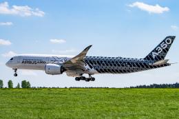 gomaさんが、ベルリン・シェーネフェルト空港で撮影したエアバス A350-941の航空フォト(飛行機 写真・画像)