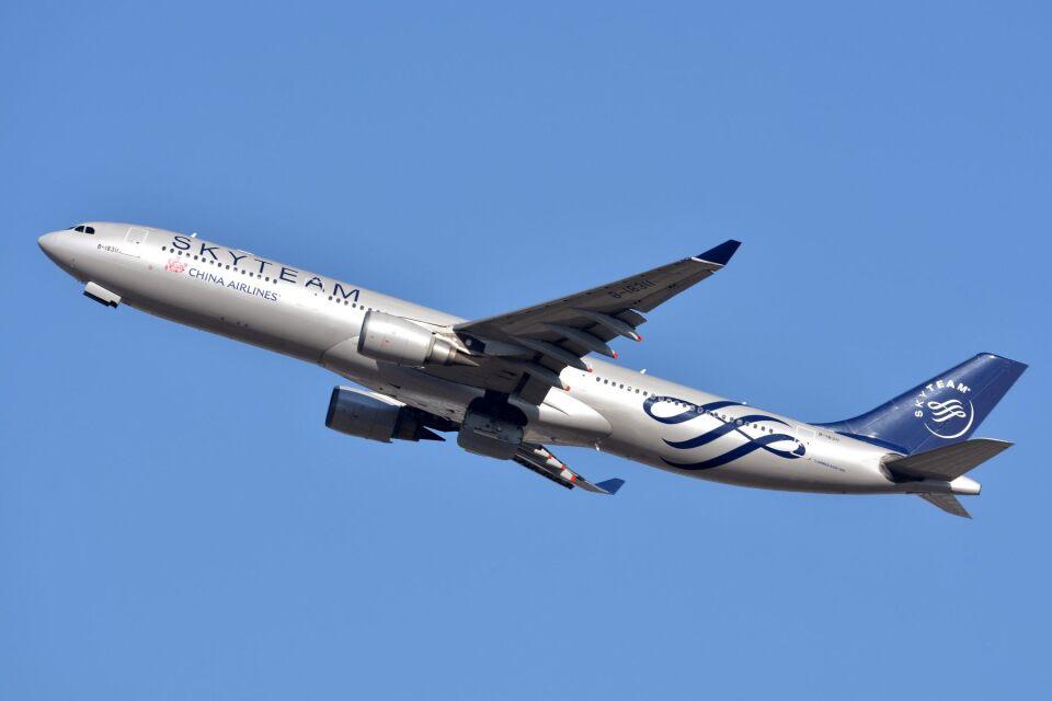 サンドバンクさんのチャイナエアライン Airbus A330-300 (B-18311) 航空フォト