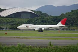 tsubameさんが、福岡空港で撮影した日本航空 747-346の航空フォト(飛行機 写真・画像)