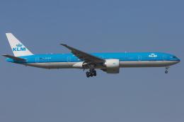 mameshibaさんが、成田国際空港で撮影したKLMオランダ航空 777-306/ERの航空フォト(飛行機 写真・画像)