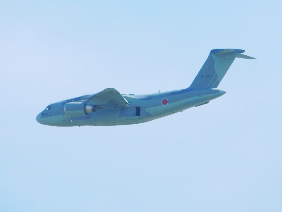さんまるエアラインさんの航空自衛隊 Kawasaki C-2 (18-1213) 航空フォト