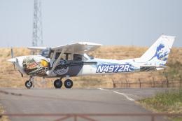 KANTO61さんが、横田基地で撮影したヨコタ・アエロ・クラブ 172H Skyhawkの航空フォト(飛行機 写真・画像)
