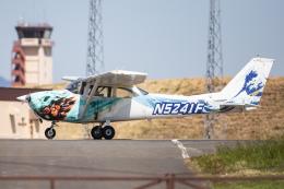 KANTO61さんが、横田基地で撮影したヨコタ・アエロ・クラブ 172F Skyhawkの航空フォト(飛行機 写真・画像)