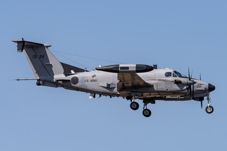 KANTO61さんのアメリカ陸軍 Beechcraft 200 Super King Air (92-13124) 航空フォト