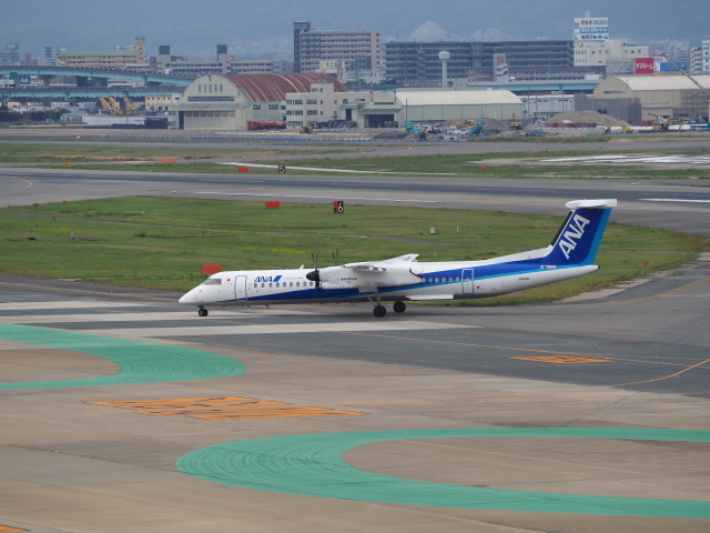 hirohirokinさんが、福岡空港で撮影したANAウイングス DHC-8-402Q Dash 8の航空フォト(飛行機 写真・画像)