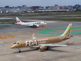 hirohirokinさんが、福岡空港で撮影したフジドリームエアラインズ ERJ-170-200 (ERJ-175STD)の航空フォト(飛行機 写真・画像)