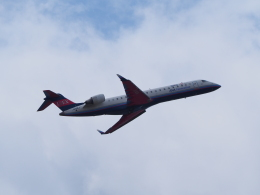 hirohirokinさんが、福岡空港で撮影したアイベックスエアラインズ CL-600-2C10 Regional Jet CRJ-702ERの航空フォト(飛行機 写真・画像)