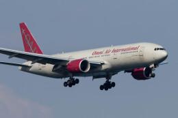 Koenig117さんが、岩国空港で撮影したオムニエアインターナショナル 777-2U8/ERの航空フォト(飛行機 写真・画像)