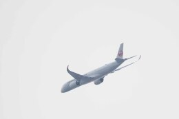 Re4/4さんが、羽田空港で撮影した日本航空 A350-941の航空フォト(飛行機 写真・画像)