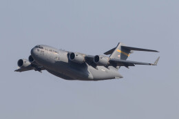 Koenig117さんが、岩国空港で撮影したアメリカ空軍 C-17A Globemaster IIIの航空フォト(飛行機 写真・画像)