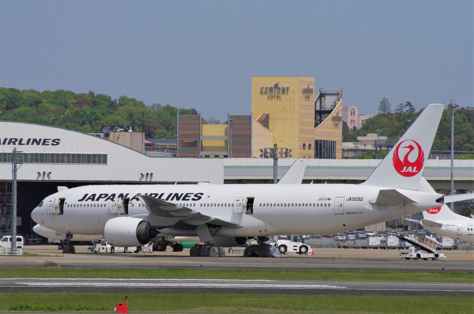 mild lifeさんの日本航空 Boeing 777-200 (JA009D) 航空フォト