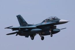Mr.boneさんが、茨城空港で撮影した航空自衛隊 F-2Bの航空フォト(飛行機 写真・画像)