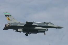 Mr.boneさんが、嘉手納飛行場で撮影したアメリカ空軍 F-16CM-42-CF Fighting Falconの航空フォト(飛行機 写真・画像)