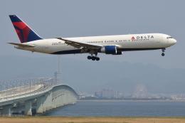 Deepさんが、関西国際空港で撮影したデルタ航空 767-332/ERの航空フォト(飛行機 写真・画像)
