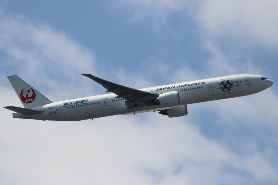 imosaさんの日本航空 Boeing 777-300 (JA734J) 航空フォト